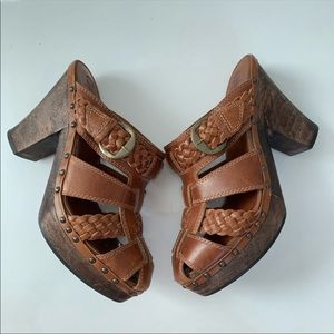 Frye Clogs Size 10 Brown Braided Weave buckle